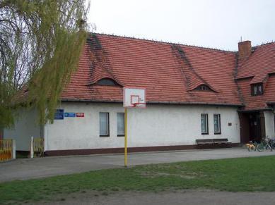 Stowarzyszeniowa Szkoła Podstawowa w Żużeli