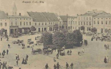 Krapkowicki Rynek_lata 1900-1920.jpeg