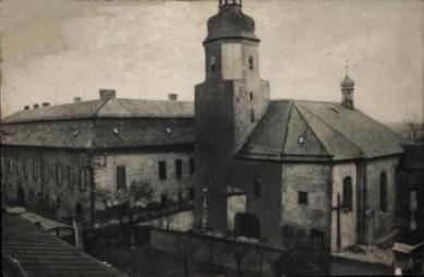 Das Schloss in Krapkowice, Die Kirche des Heiligen Nikolaus in Krapkowice.jpeg
