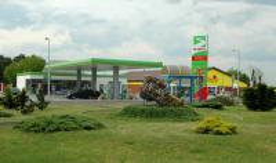 Centrum obchodu a služeb ve čtvrti Otmęt (Centrum Handlowo-Usługowe w Otmęcie).jpeg