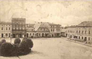 Krapkowické náměstí (Rynek) _1910.jpeg