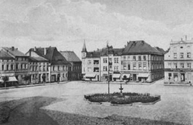 Krapkowické náměstí (Rynek) _1925.jpeg