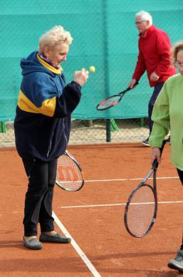 Galeria Tenis ziemny dla seniorów