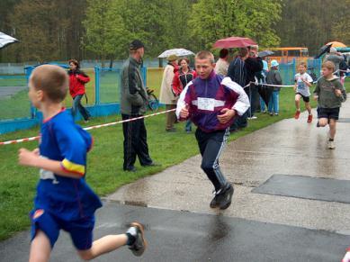 fot.M.Migdał: Krapkowickie Biegi Dzieci i Młodzieży 2006