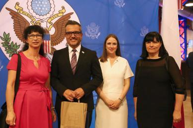 Galeria polsko-amerykańska współpraca
